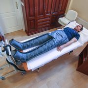 Apparatus lymphatic drainage massage