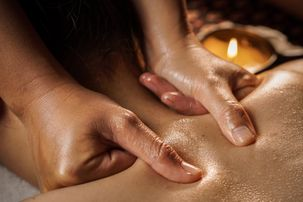 Indische Massage