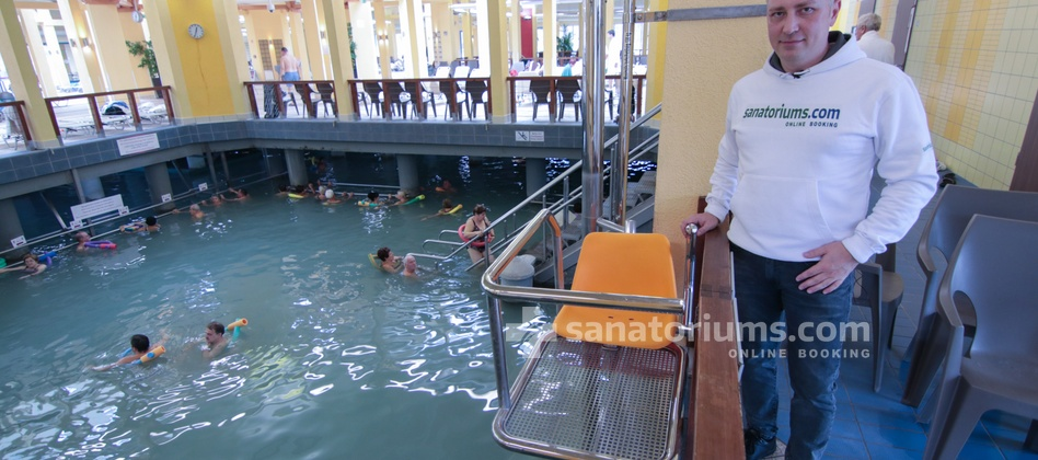 Spa Hotel Spa Heviz - device for the submersion of people with disabilities