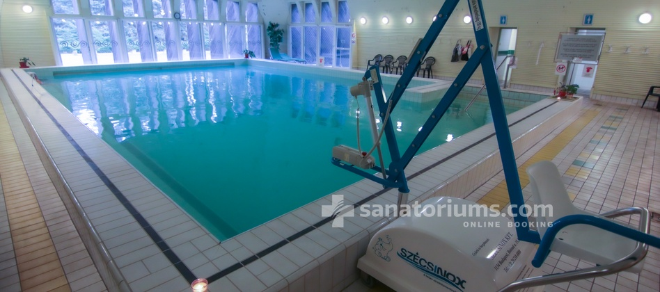Spa Hotel Helios - device for the submersion of people with disabilities