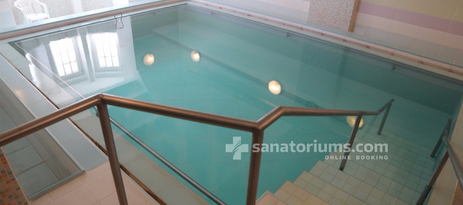 Spa Hotel Kamenne Lazne - thermal pool