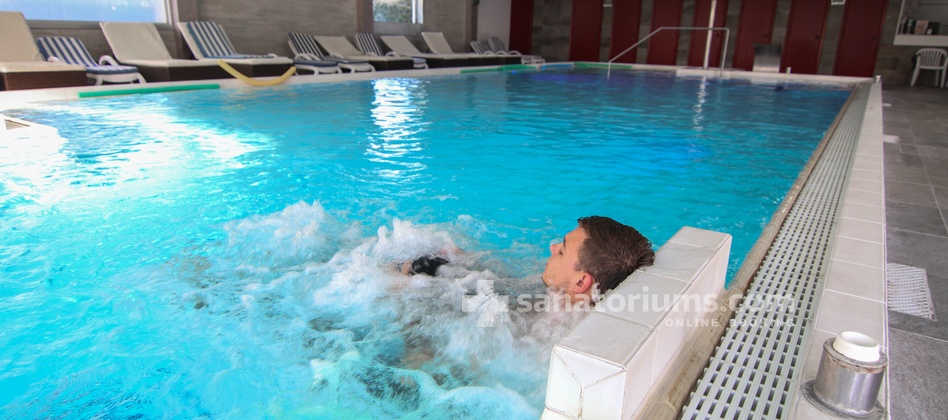 Spa Hotel Terme Milano - indoor thermal pool with hydromassage jets
