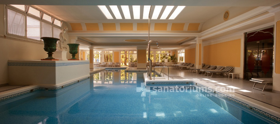 Spa Hotel Terme Metropole - indoor thermal pool with hydromassage jets