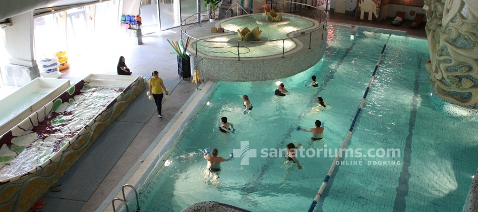 Spa Hotel Druskininkai - a complex of Grand SPA Lietuva - group gymnastics in the pool