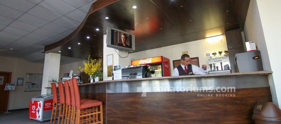 Spa Hotel Central - lobby bar is located in the building of the spa hotel Vietoris