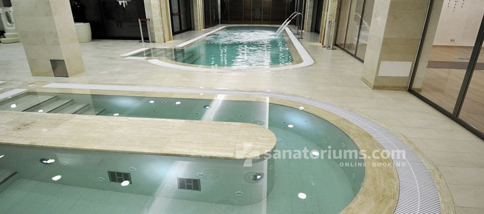 "Hotel Michelangelo and Spa - swimming pool with thermal water at the ""Terme Redi"" medical center"