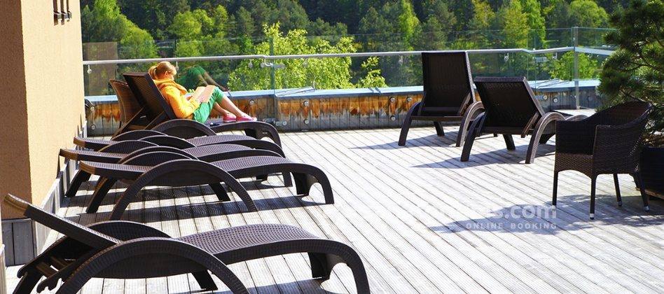 Spa Hotel Egle Comfort - summer terrace and a cafe on the roof of the spa hotel