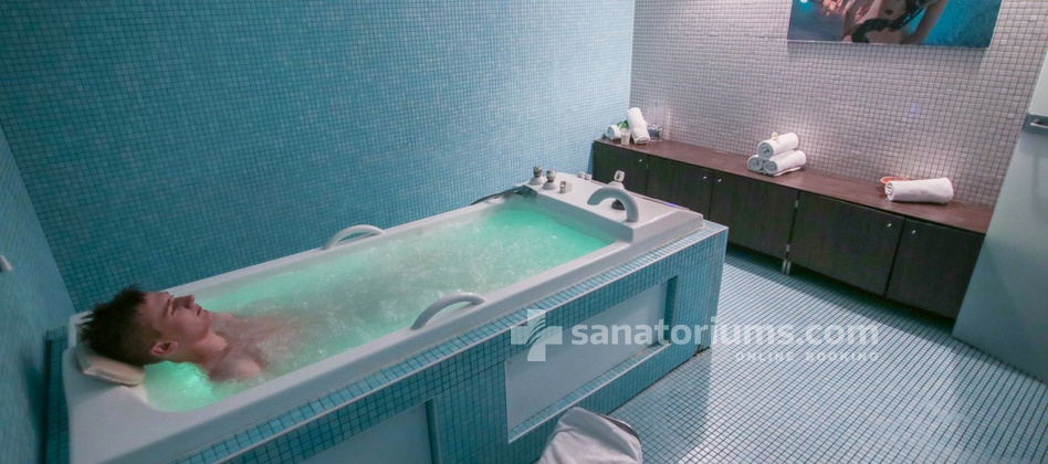 Hotel Slovenija - pearl bath with seawater at the medical center Terme & Wellness Palace
