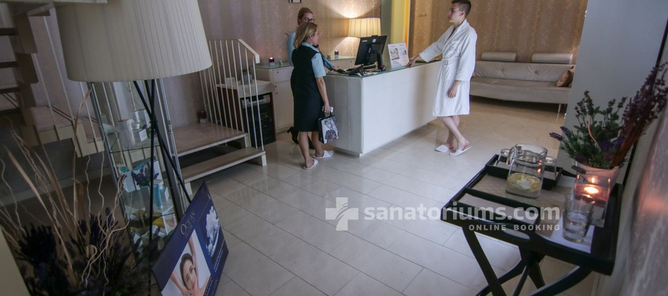 Hotel Slovenija - reception of cosmetic procedures at the medical center Terme & Wellness Palace