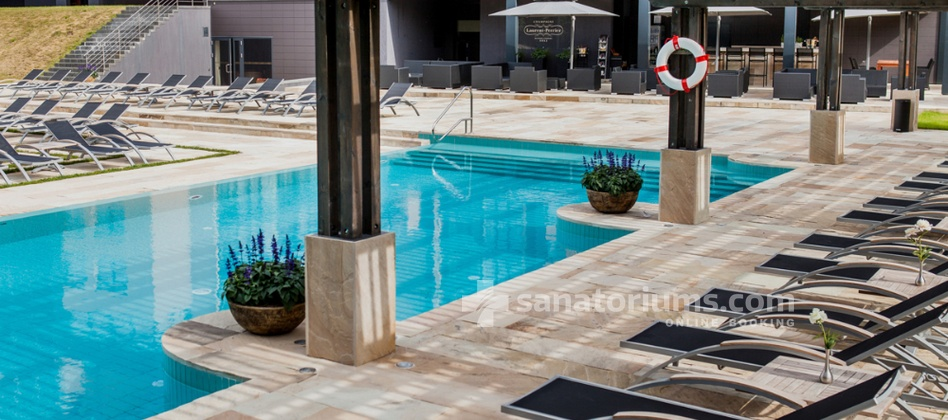Spa Hotel Vanagupe - outdoor swimming pool