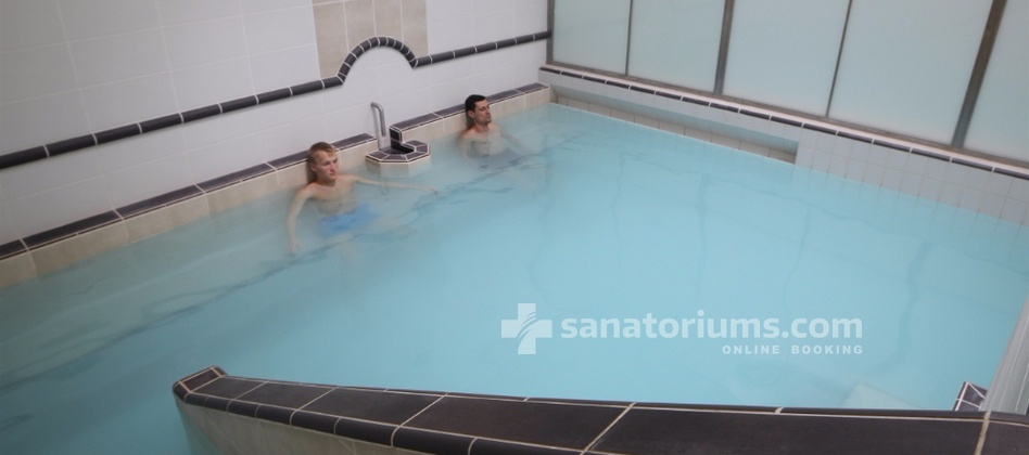 "Spa-Hotel Jalta - thermal pool in the balneological center ""Napoleon"""