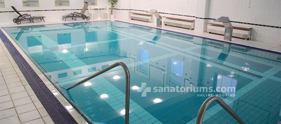 "Hotel Vitkov - swimming pool 6x12 meters with hydromassage jets in the spa hotel ""Vltava-Berounka"""
