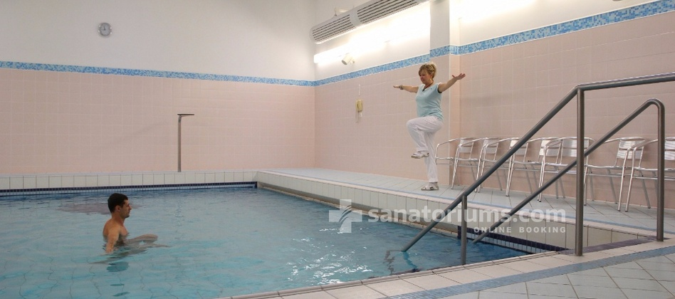 Spa Hotel Cisarske Lazne - gymnastics in a thermal pool