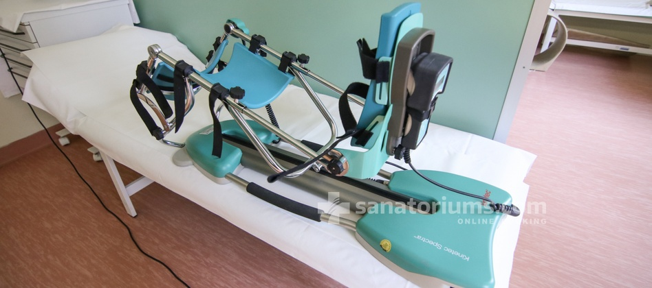 Spa Hotel Felicitas - apparatus for mechanical rehabilitation of joints