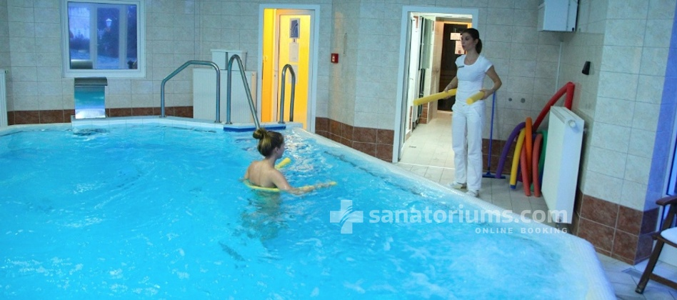 Spa Hotel San Remo - gymnastics in the pool