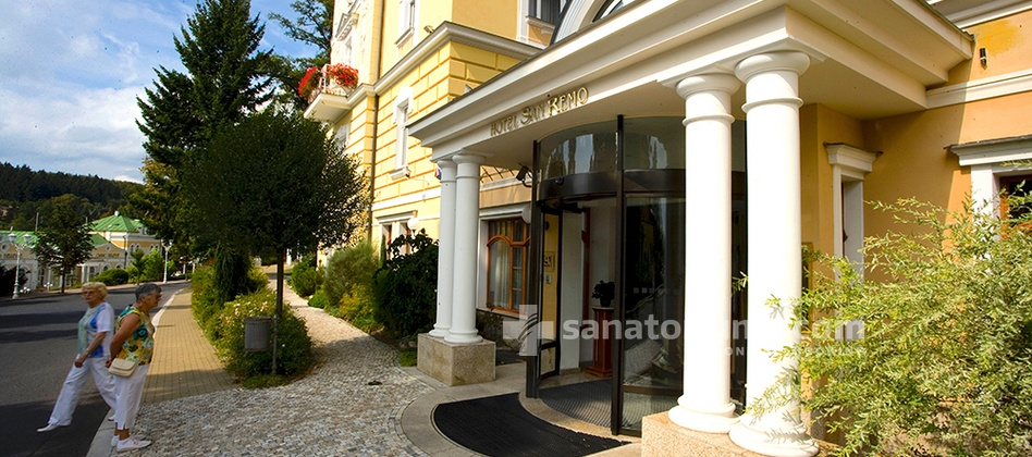 Spa Hotel San Remo - main entrance